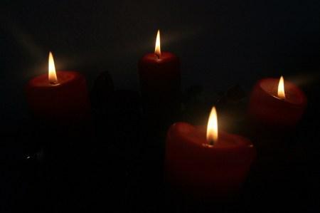 18. Dezember 2011 = 4. Advent und die vierte Kerze brennt