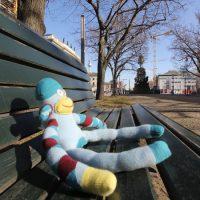 Affe unter den Linden in Berlin Mitte