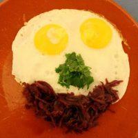 Eieraugen und Rotkohlmund