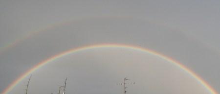 Der Regenbogen am Berliner Himmel!