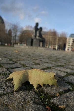 28. November 2009 - Berlin - Marx - Engels - Blatt