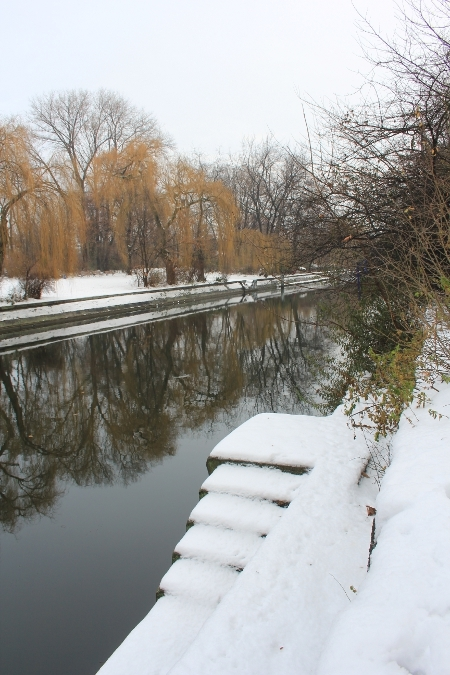Schnee am Landwehrkanal