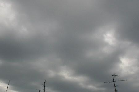 "Wolken über Berlin-Kreuzberg am ""Unwetter-Tag"""